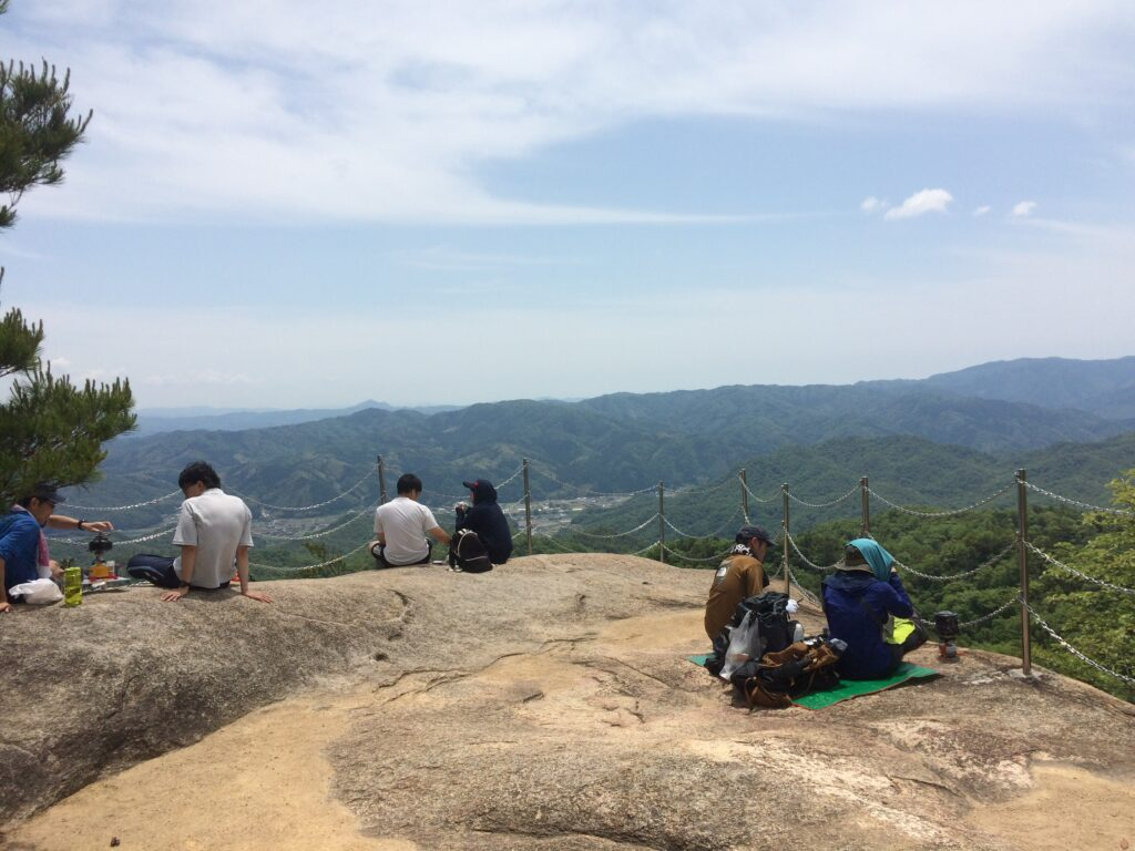 白石山 物見岩