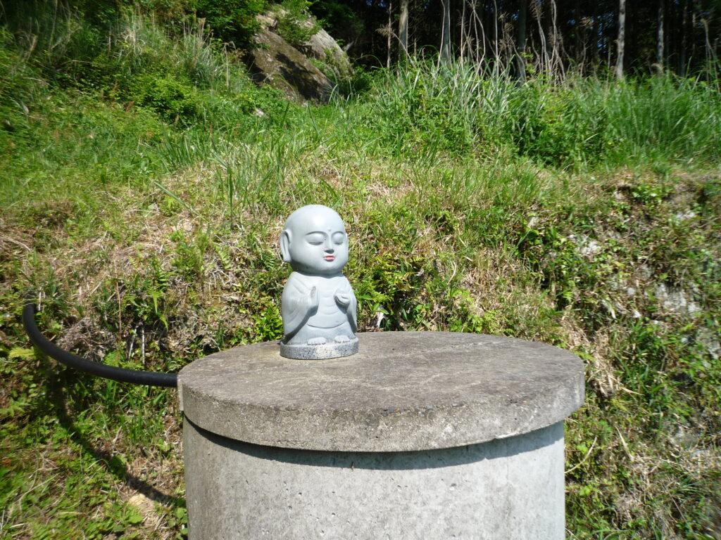荒滝山 登山口のお地蔵さん