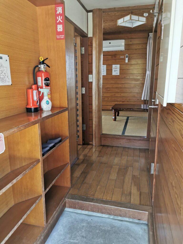 笠戸島家族旅行村のケビンの玄関