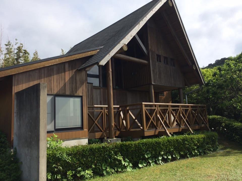 須佐エコロジーキャンプ場 6人宿泊用コテージの外観