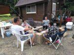 夏のキャンプは海水浴、スイカ割り、花火とお楽しみがてんこ盛り
