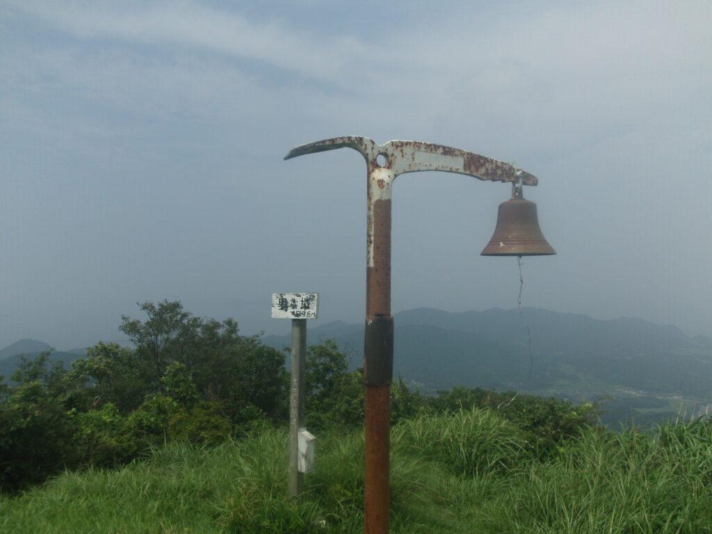 ピッケル型の鐘