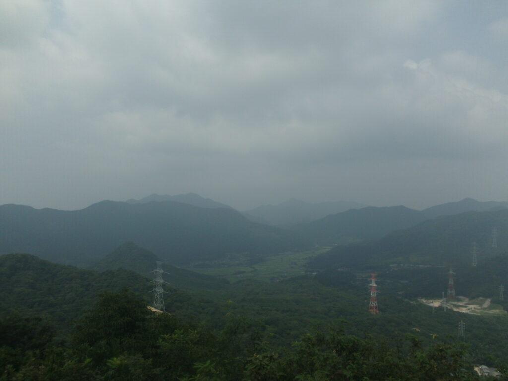 岩山展望台からの景色(竜王山・鬼ヶ城)