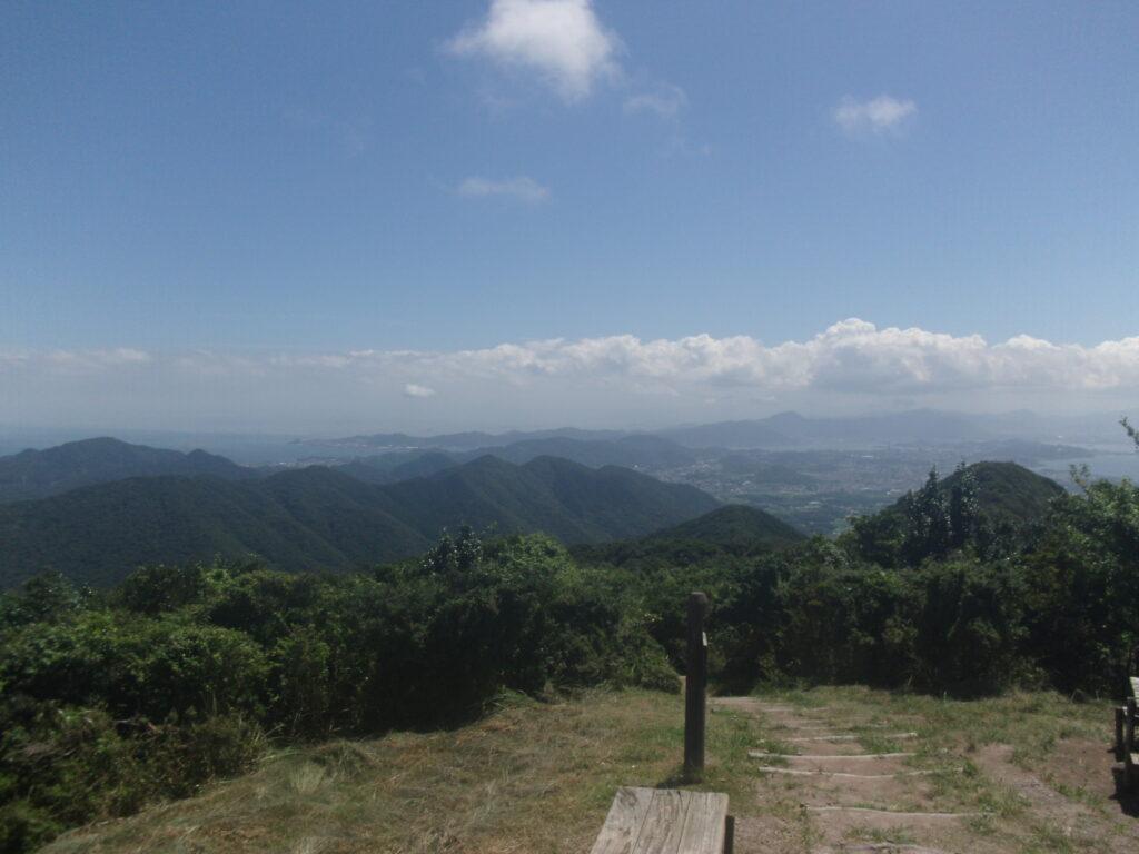 竜王山から下関市街を見渡す