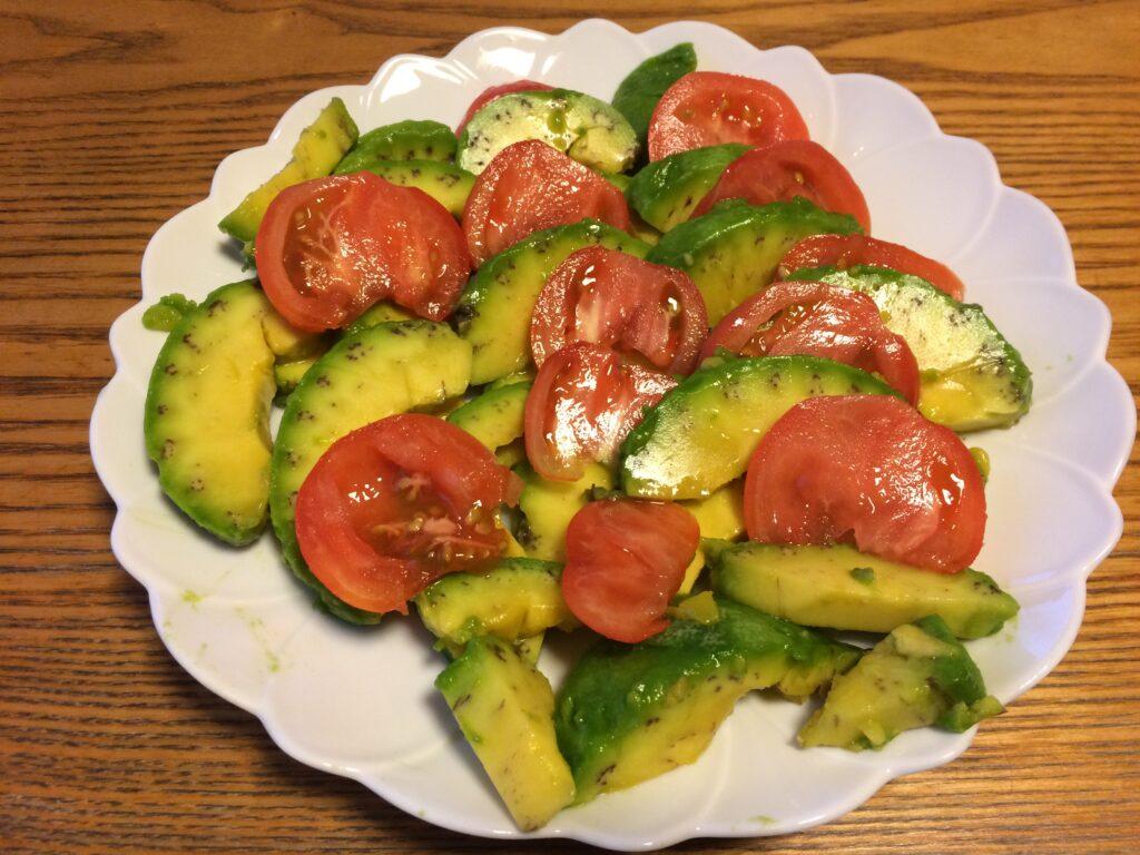 沖縄のアボカドと山口のトマトの融合