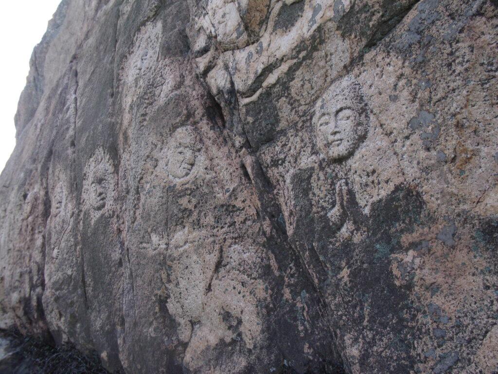 陶ヶ岳の十六羅漢