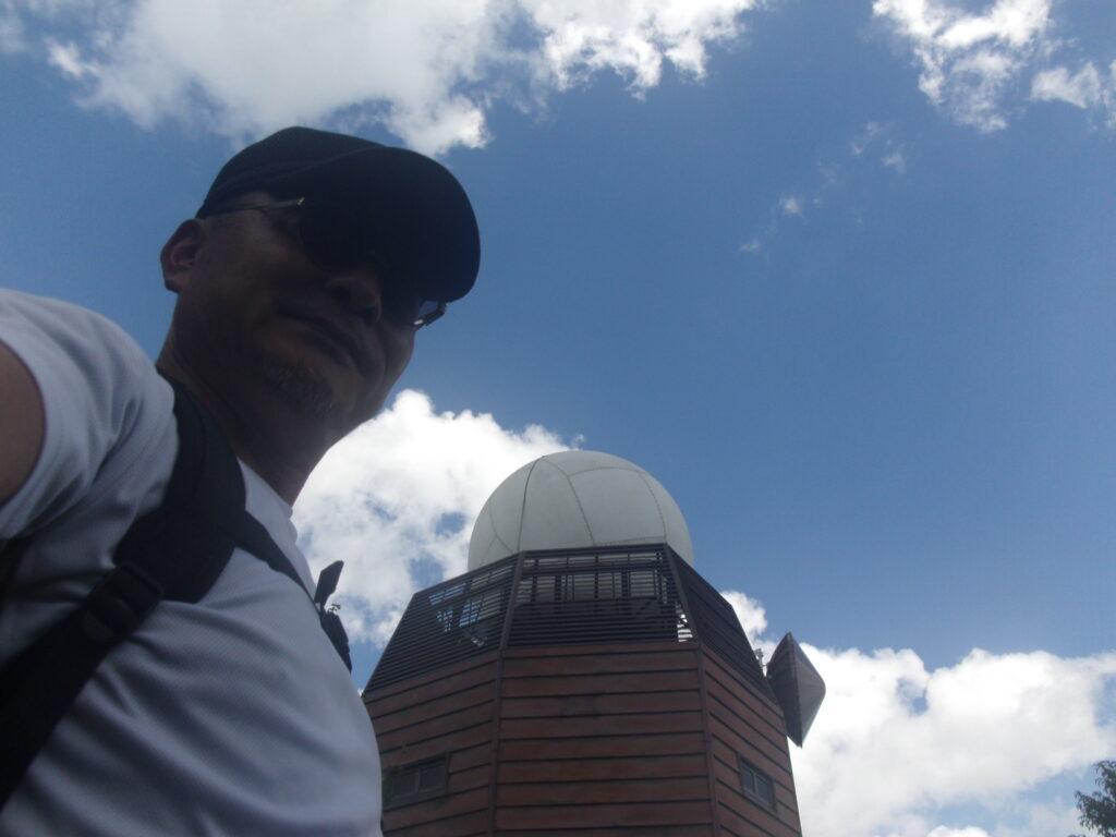 羅漢山レーダ雨量観測所と僕