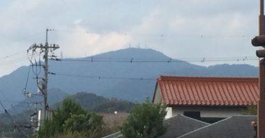 下山後に山口市内から見る西鳳翩山