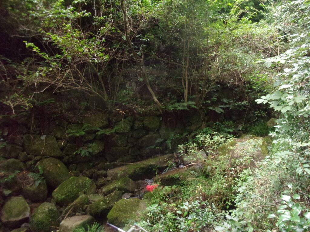 割と大きな川