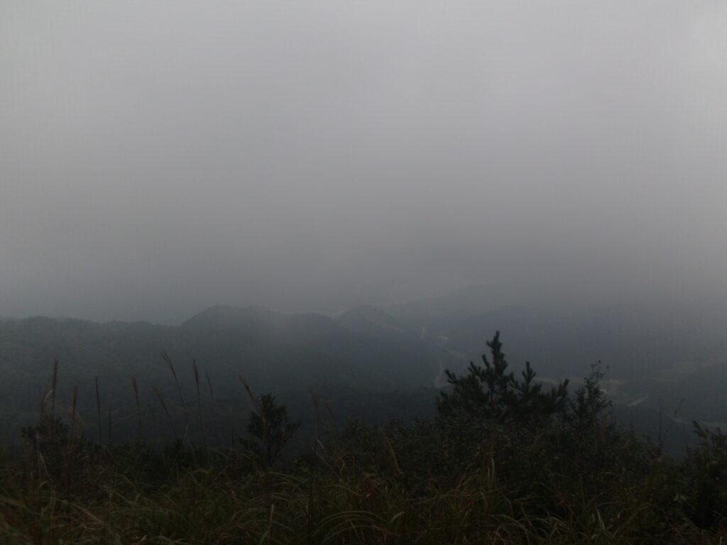 西鳳翩山山頂からの眺望
