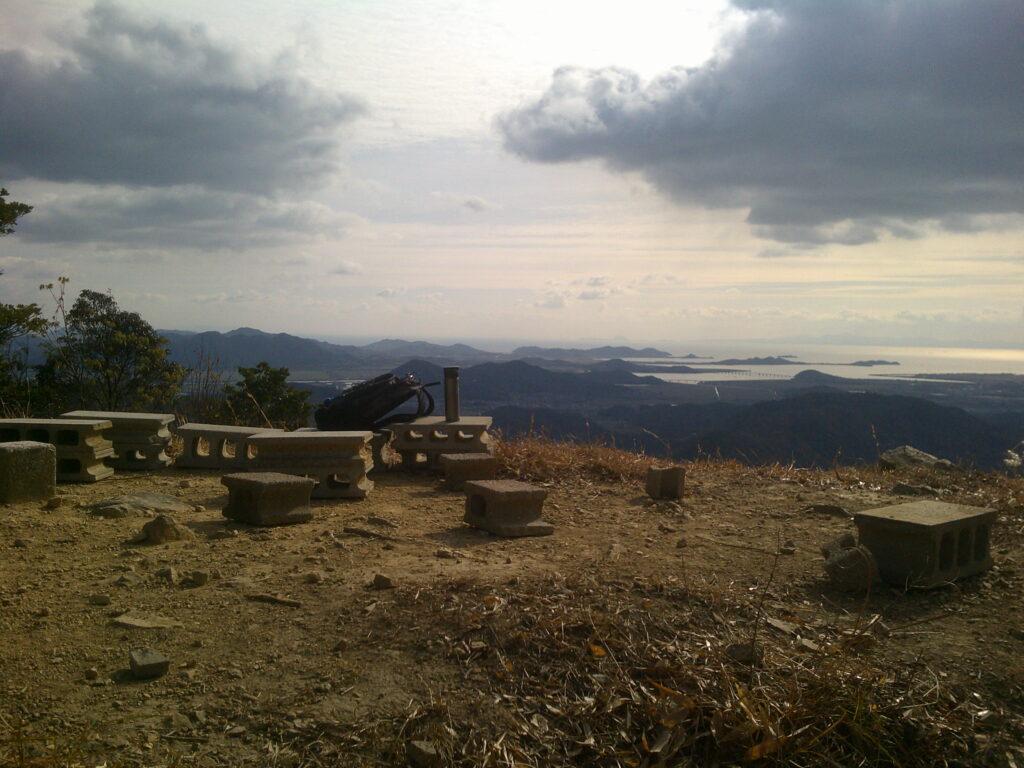 平原岳山頂から秋穂方向