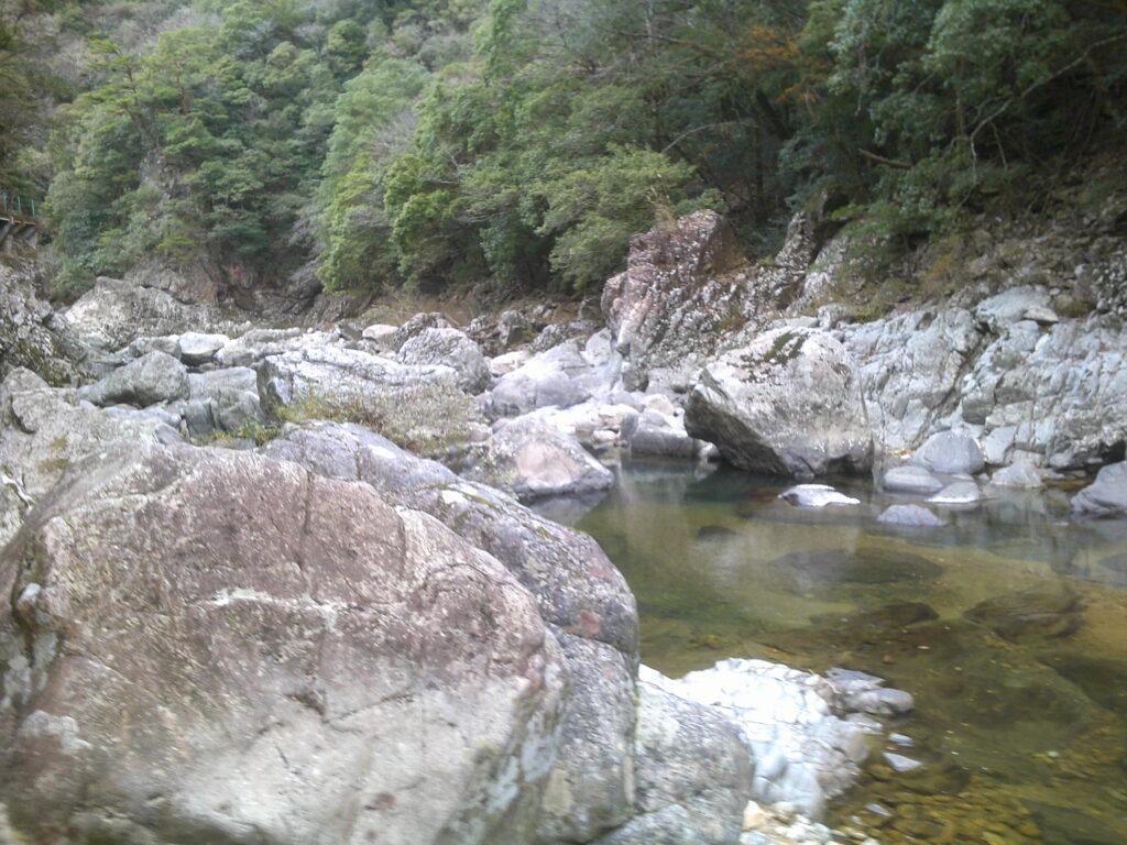 川辺から下流