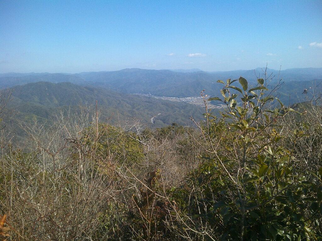 徳地方向の風景