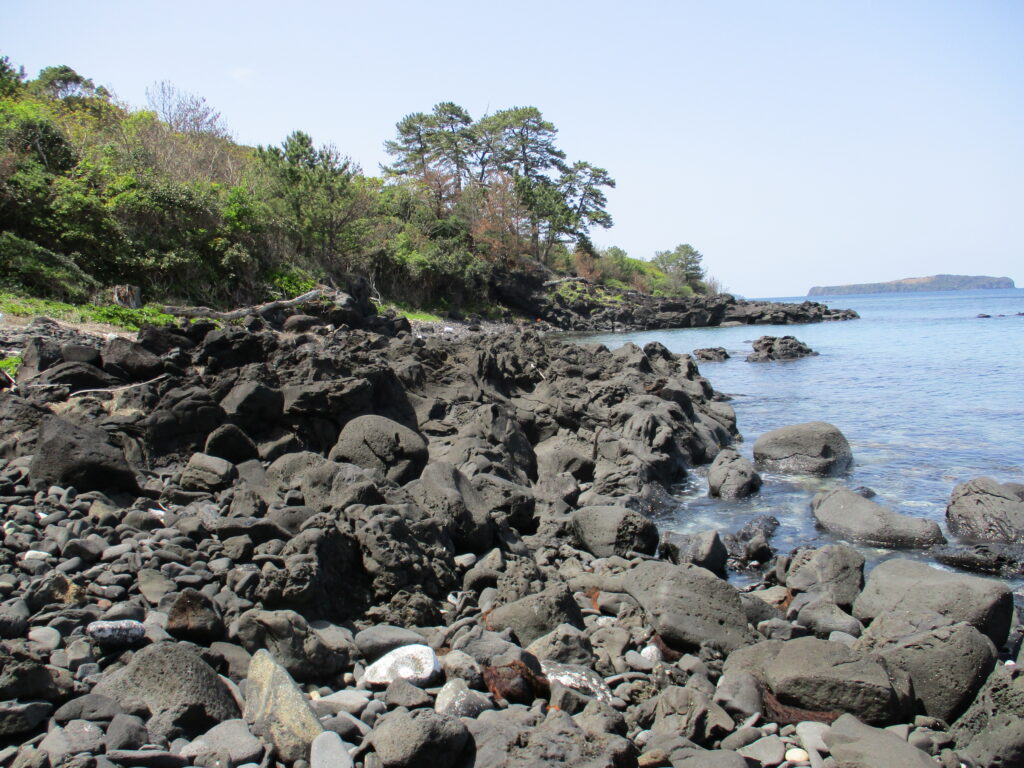 溶岩と噴石