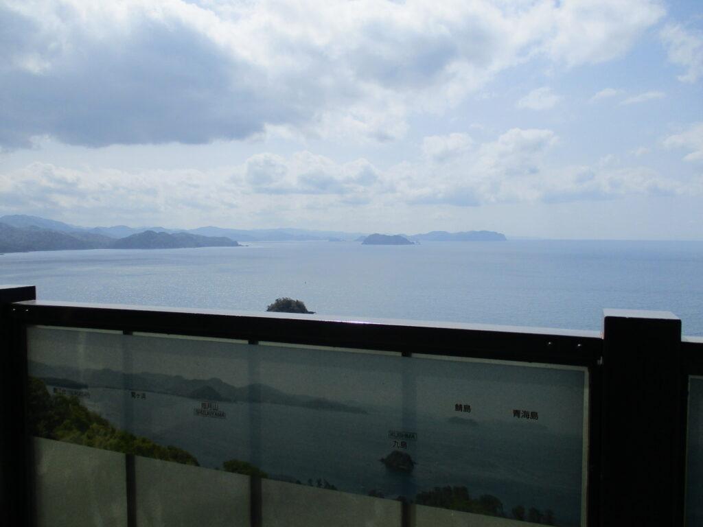 笠山展望台から菊ヶ浜、指月山、鯖島、青海島の景色