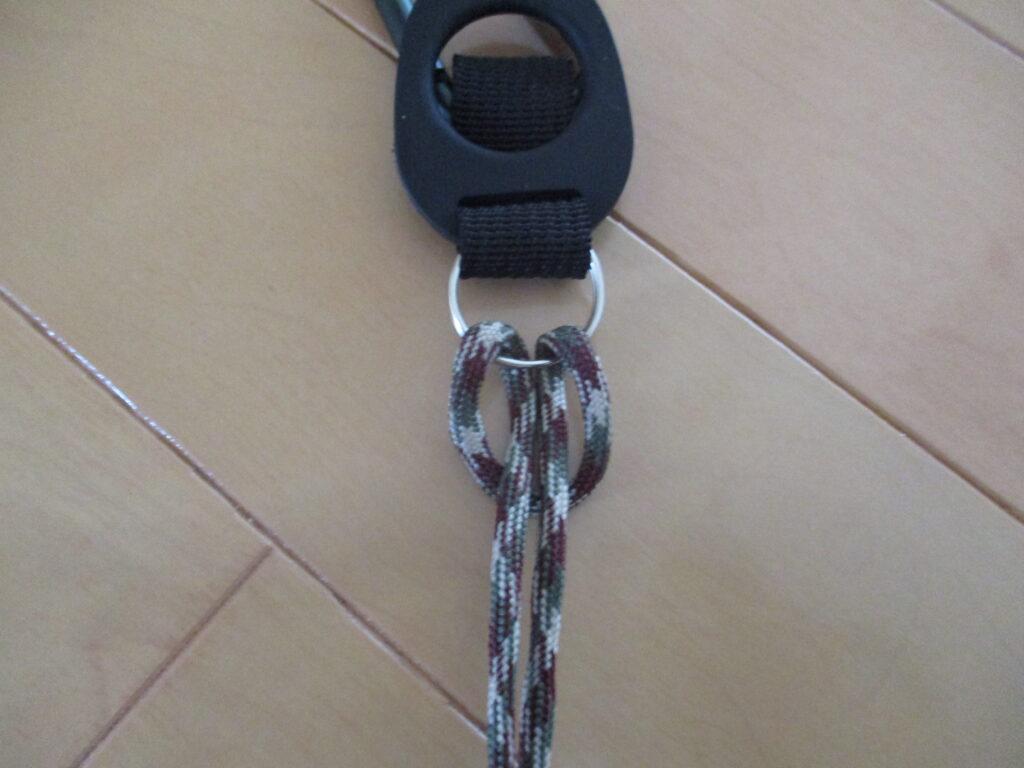 1.芯紐を環に引っ掛ける