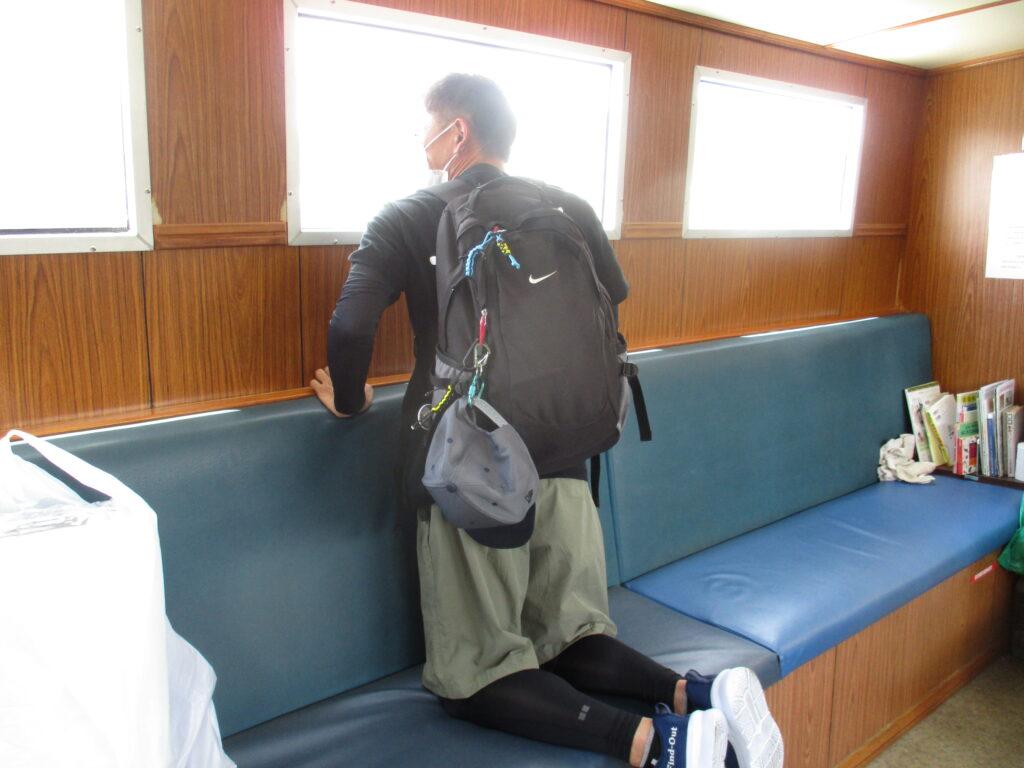 渡船で馬島へ