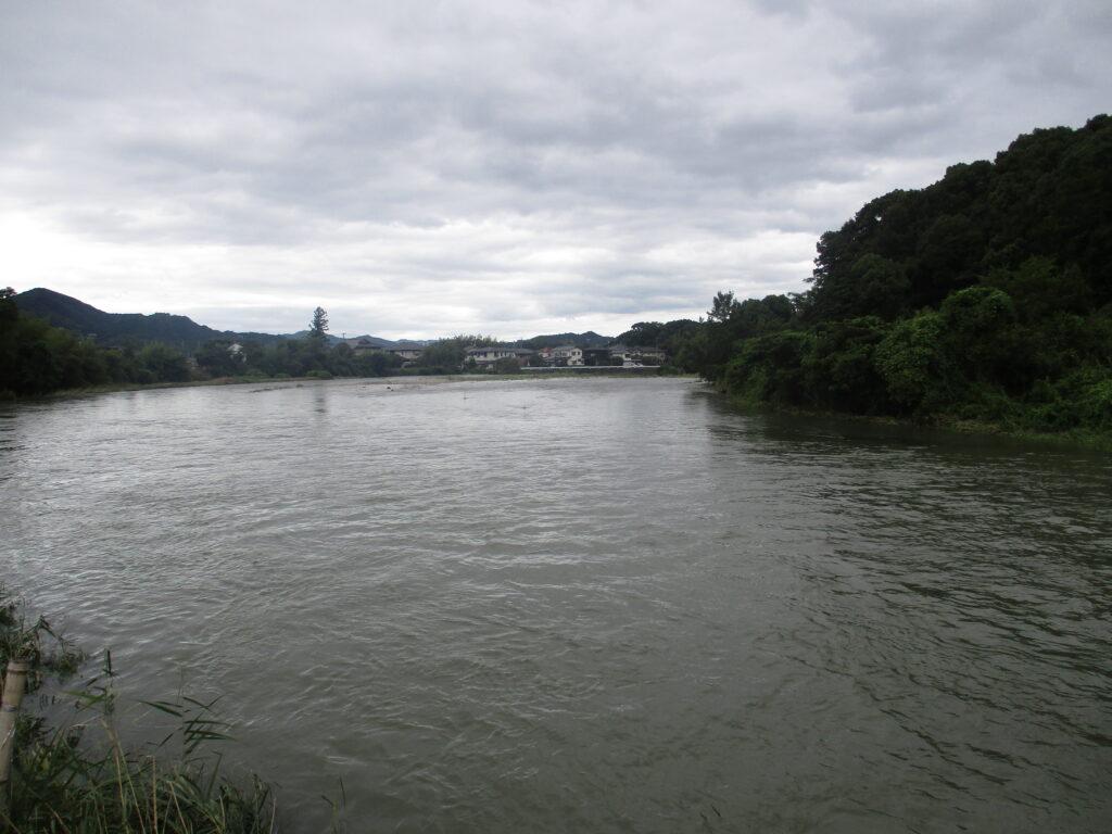 大内長野(川が曲がるところ)から下流
