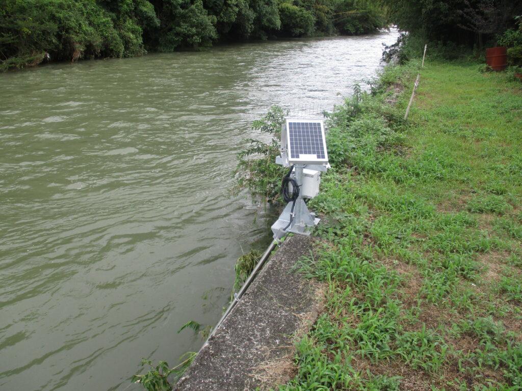 簡易水位計を発見
