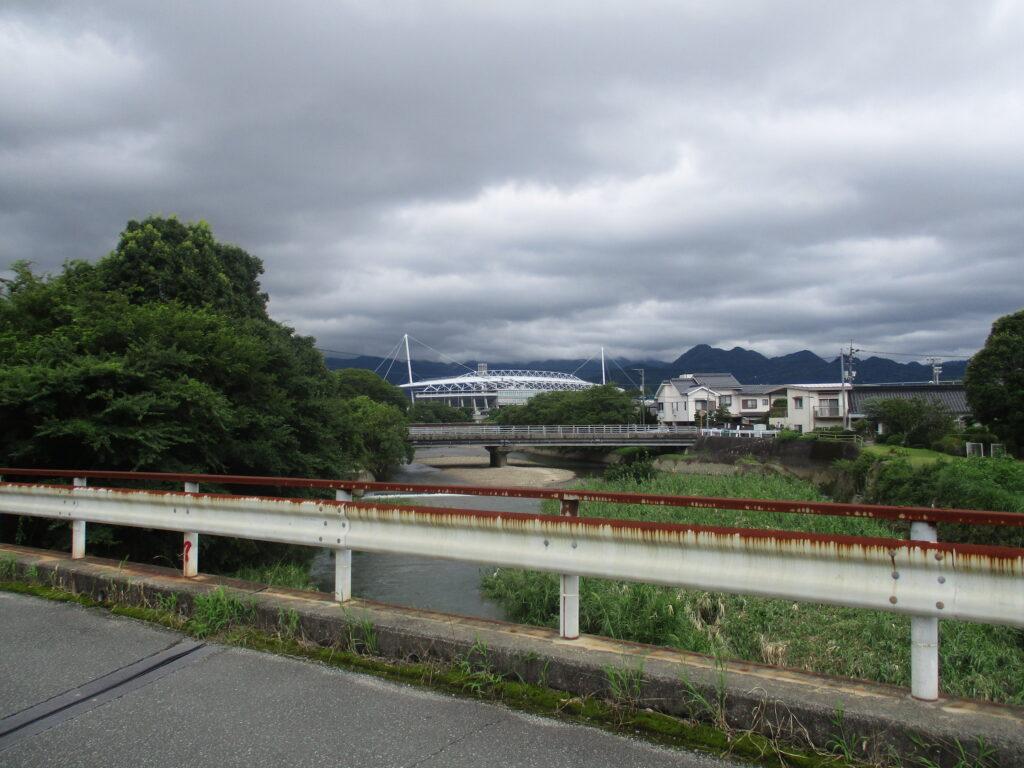 黒川橋から上流
