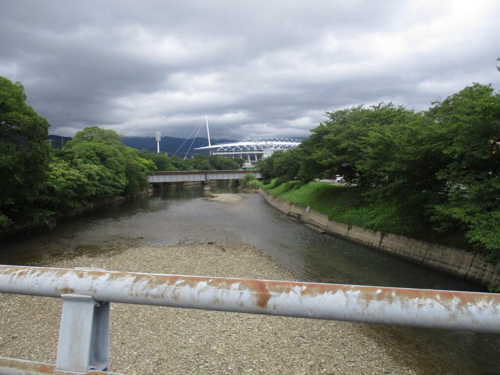 千代丸橋から上流