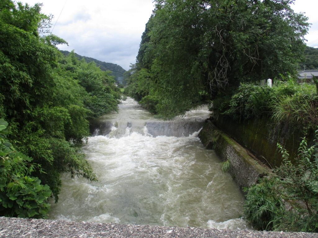 坂本川と並山川の合流地点