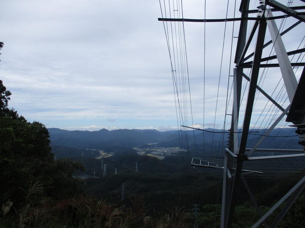一の岳からの景色とやまびこ
