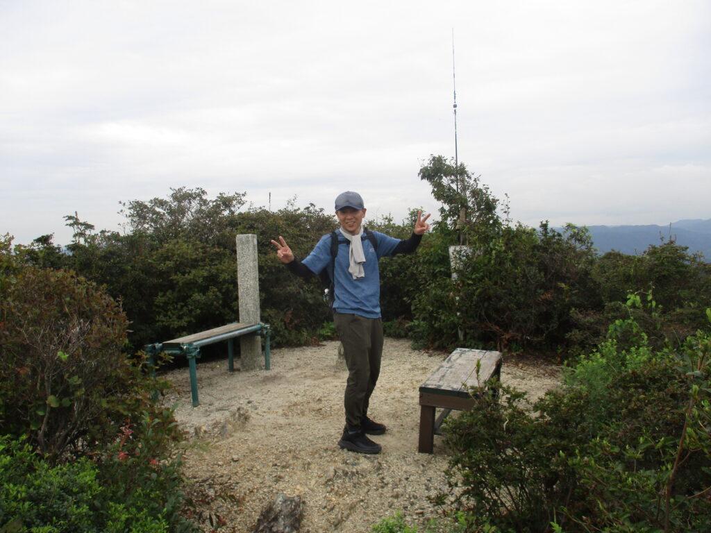 茶臼山山頂