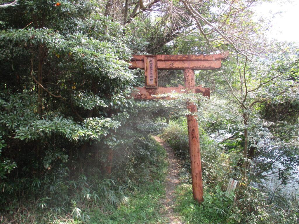立岩稲荷神社二ノ鳥居